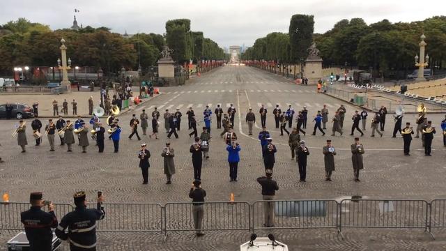 Daft Punk в исполнении военного оркестра